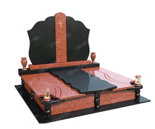 placa funerara pe monument