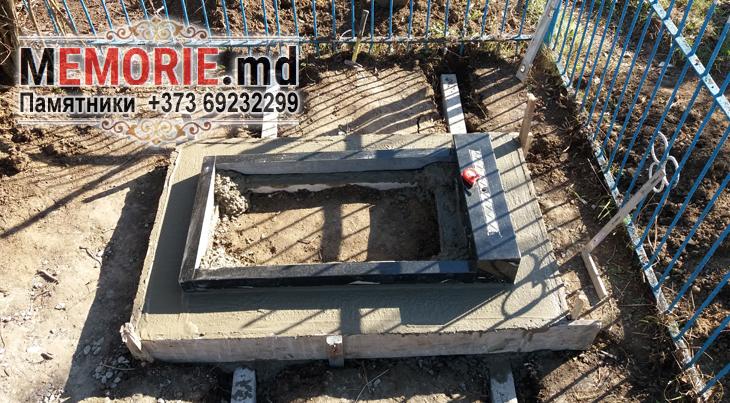Гранитный памятник кладбище Сынжерей
