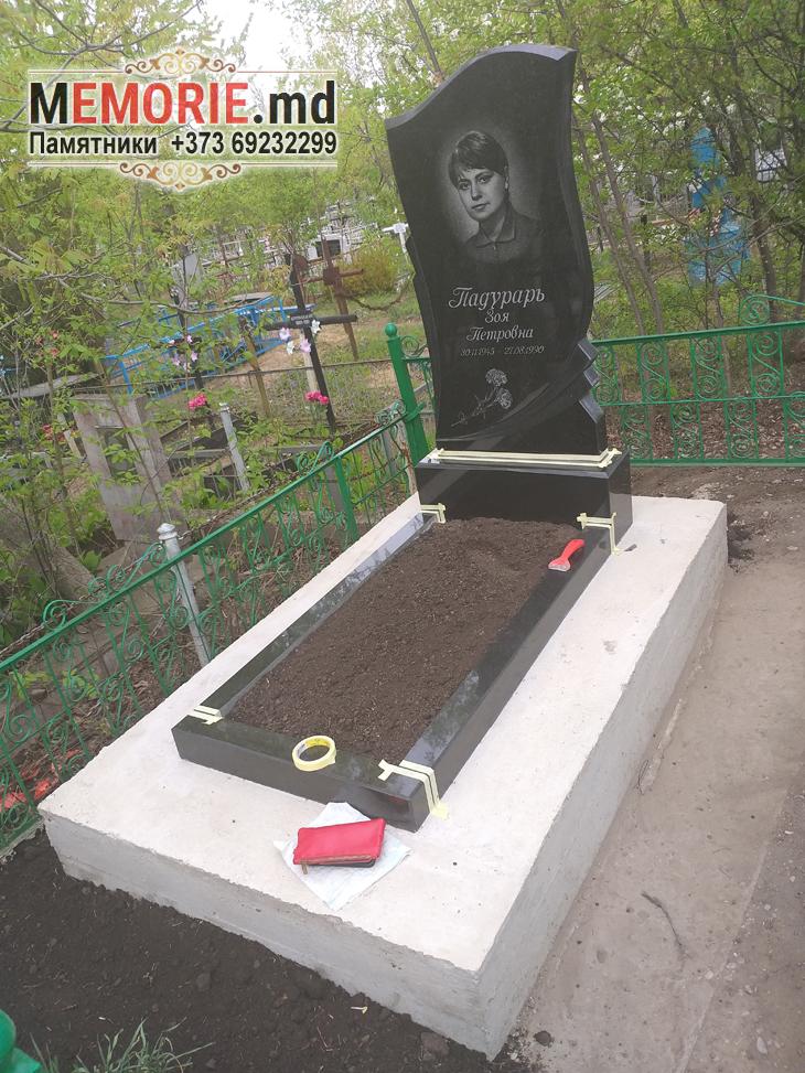 Monument din granit Balti