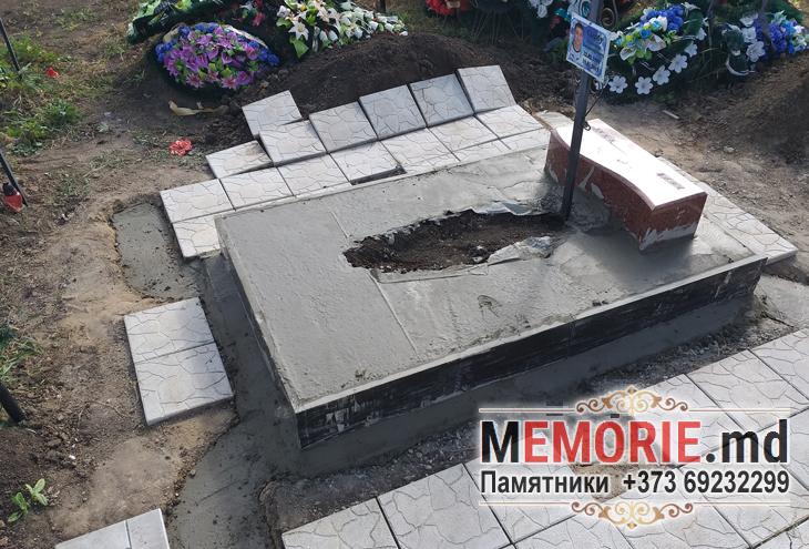 Заказать памятник из гранита на кладбище в Бельцах