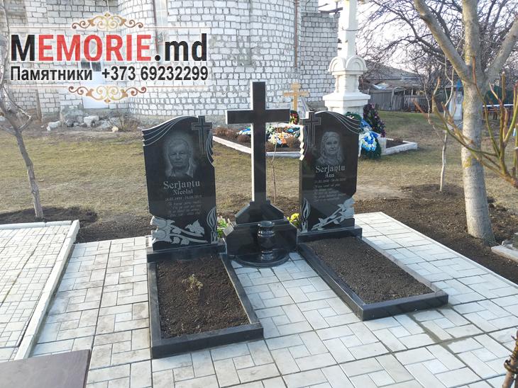 Monument funerar Edinet